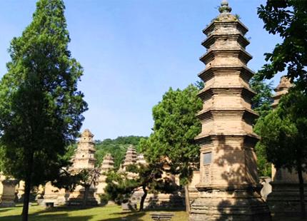 pagodes dans le temple de Shaolin
