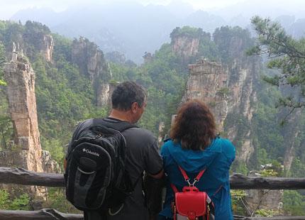 voyageurs au parc de Wulingyuan de Zhangjiajie
