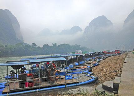 radeau sur la rivière Li