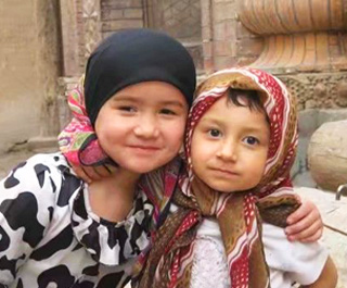 belle filles locales au Xinjiang