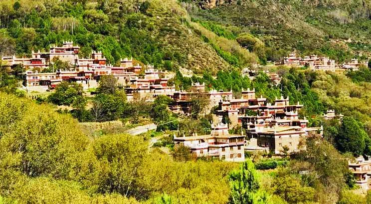aldea de los tibetanos